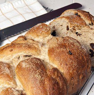 BANANA WHOLE WHEAT YEAST BREAD