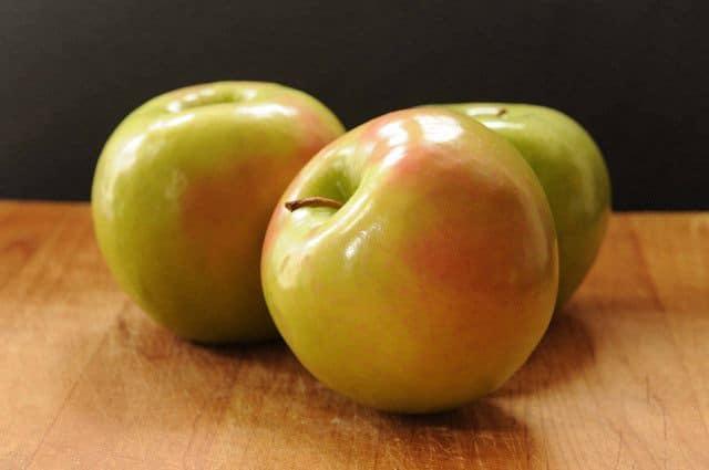 Swedish Apple Pie--fresh apples