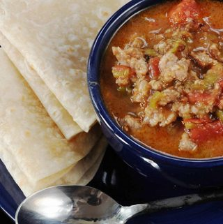 GREEN CHILI STEW WITH PORK AND TOMATOES