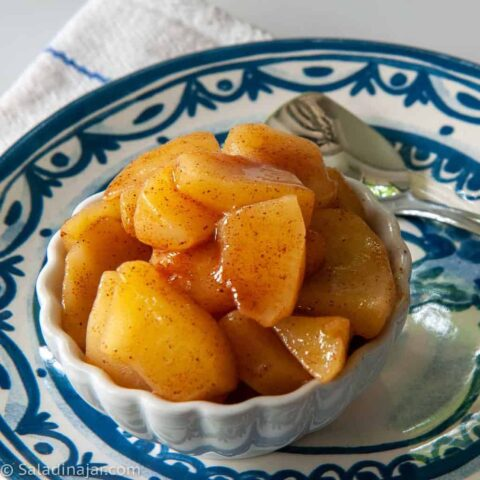 Microwave Cinnamon Apples in a Bag or a Bowl: A Quick Snack