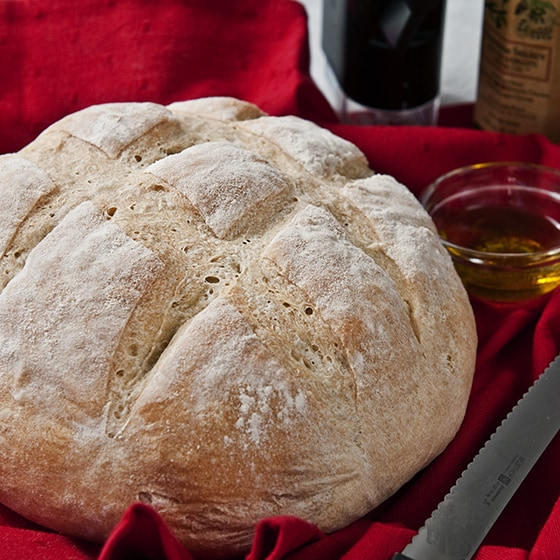 CRUSTY ROUND BREAD (MADE IN A BREAD MACHINE)