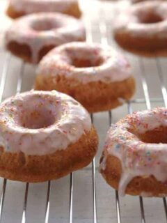 FROSTED STRAWBERRY CAKE DONUTS
