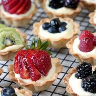 Fruit and Cream Mini-Tarts, pies, custard