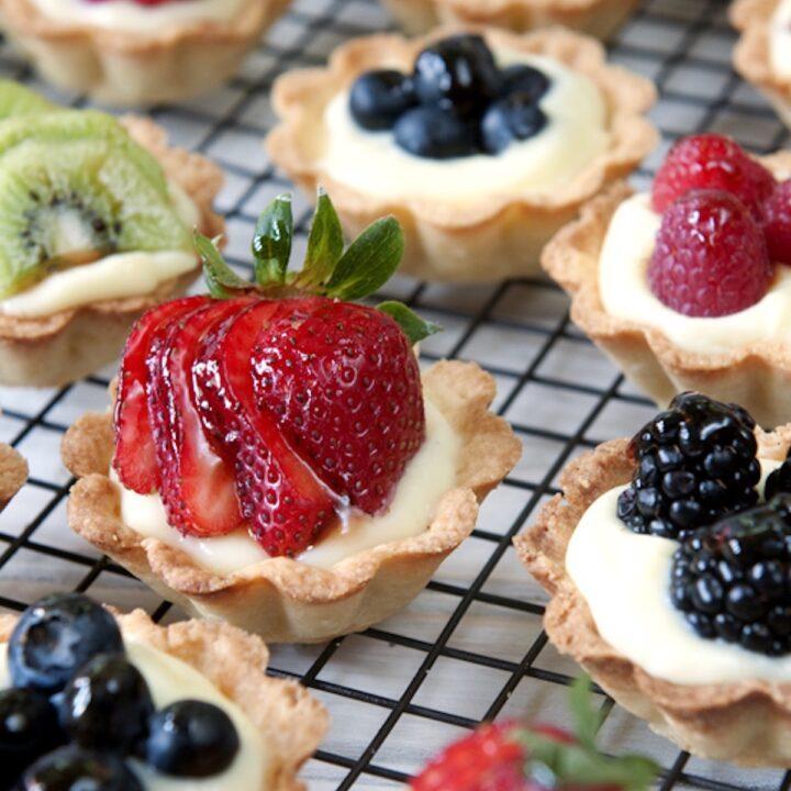 fruit and cream mini tarts