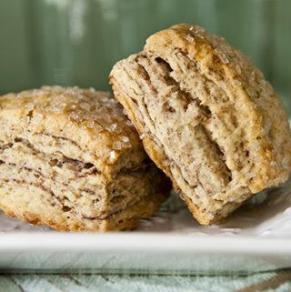 LAKY BISCUITS WITH A MILLION LAYERS OF CINNAMON
