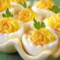 Deviled Eggs the Whole Family Will Eat