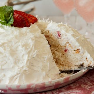 Strawberry Snowball Cake