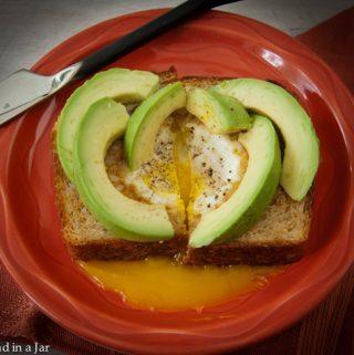 Avocado-Egg Toast