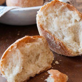 REALLY CRUSTY ROLLS a bread machine recipe