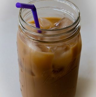 latte, cashew milk, iced, low-calorie, low-carb, decaf