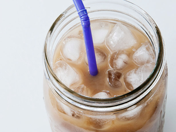 low-calorie coffee with a straw