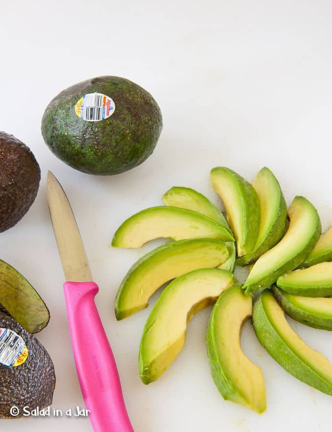The Secret to Choosing Avocados Without Bruises