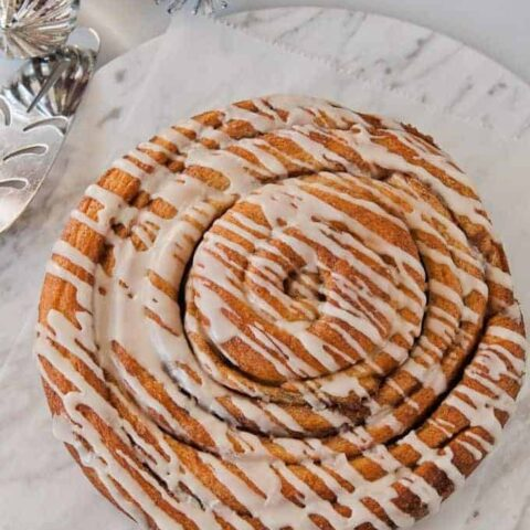 Pan-sized Cinnamon Roll--a Bread Machine Recipe