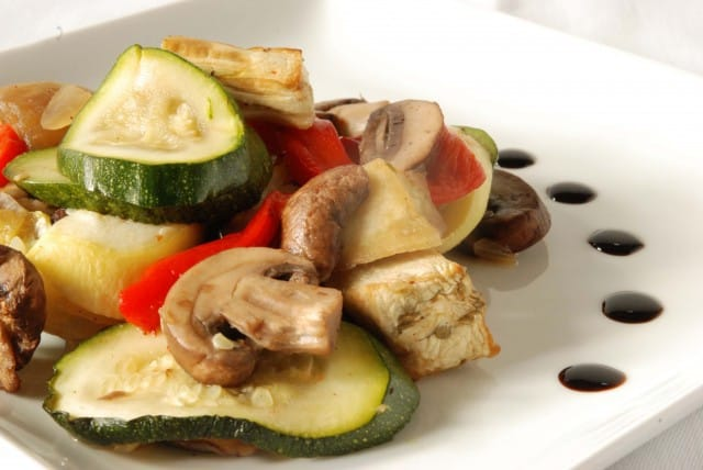 Directions for grilling various summer vegetables including eggplant, bell peppers, squash, and mushrooms
