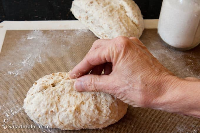 shaping loaves