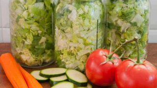 What Happens if I Vacuum-Seal Lettuce and Vegetables Together?