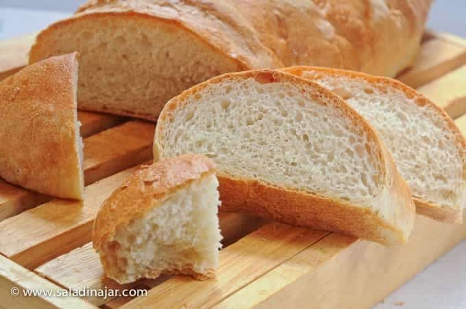 Crusty French Bread (directions for a bread machine)