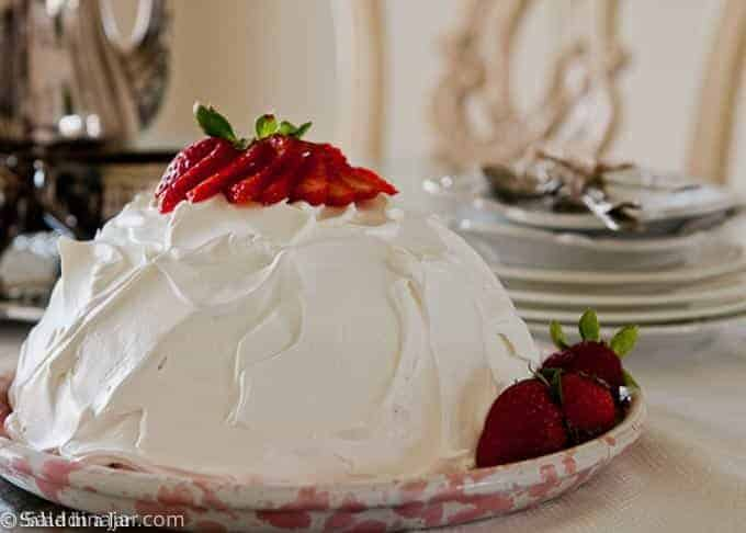 strawberry snowball cake with no coconut on the outside
