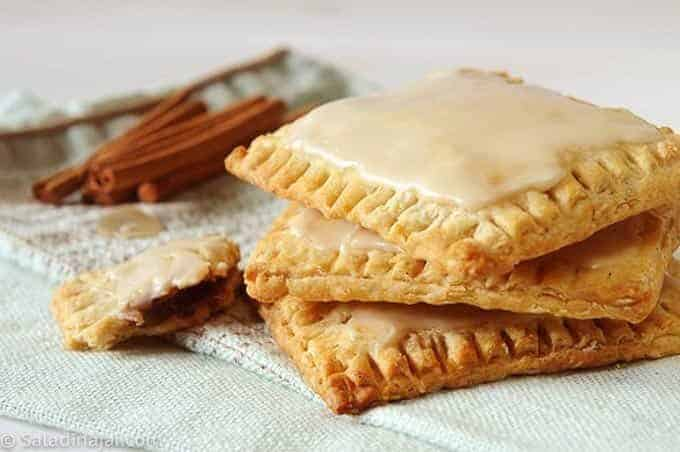 BROWN SUGAR-CINNAMON OATMEAL POP-TARTS
