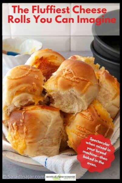 Hot-out-of-the-oven Cheddar Cheese Dinner Rolls