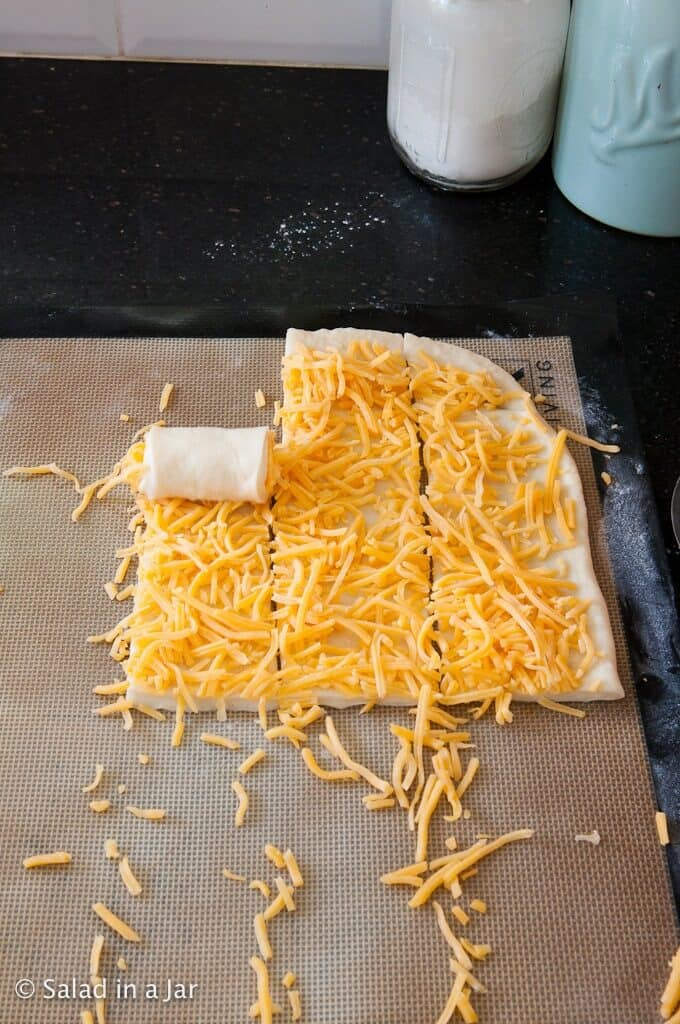 How to roll up cheese roll