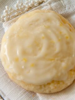Greek yogurt cookies with lemon frosting
